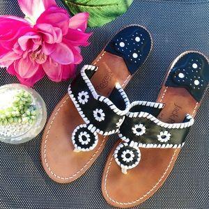 JACK ROGERS / Black & White Navajo Sandals 8